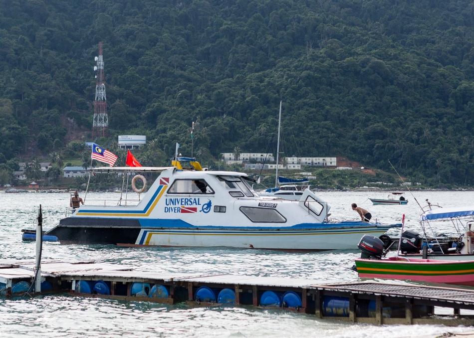 Universal Diver Boat