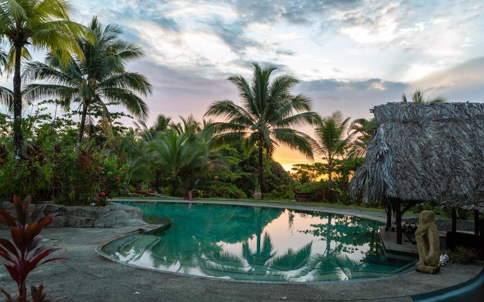 Popa Paradise, Panama